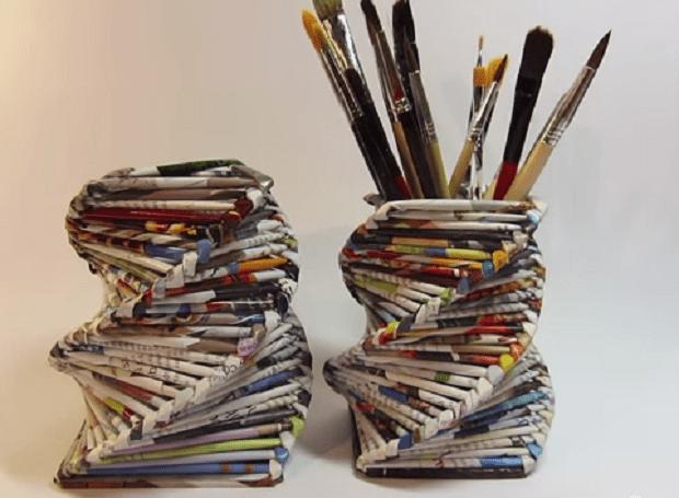 Portapenne con riviste riciclate love diy for Riviste design casa
